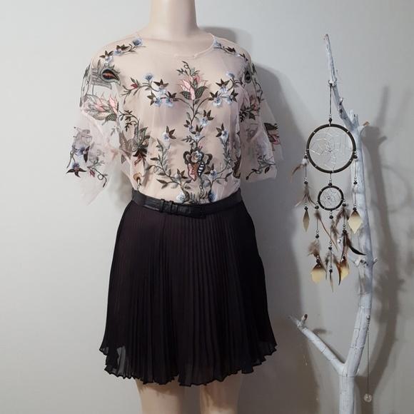 1ae17705 Eliane Rose Tops | Nwt New Sheer Embroidered Top | Poshmark